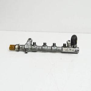 Enjektör Kütüğü  (Yakıt Dağıtıcı ) 03L130089J Crafter Amarok 2.0 TDI CKIB Orjinal