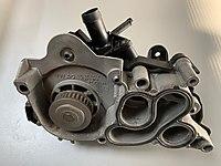 Devirdaim (Su Pompası ) Komple 5 Çıkışlı 04E121600AL Passat -A4-Q3-Leon